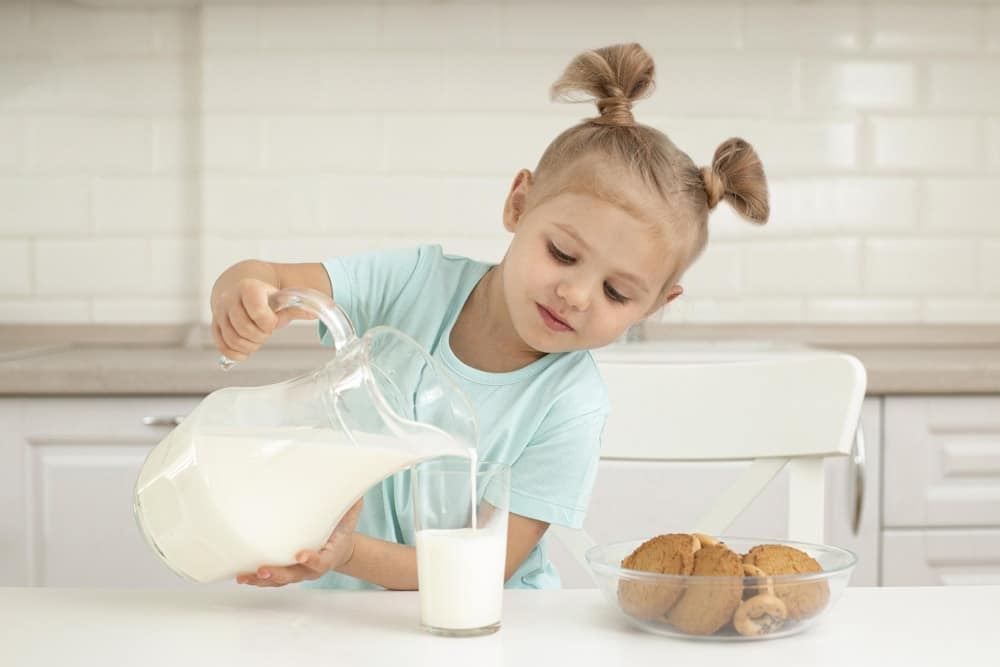 How to Substitute for Dry Milk