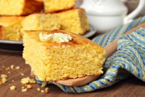 What Goes Good With Cornbread Besides Chili