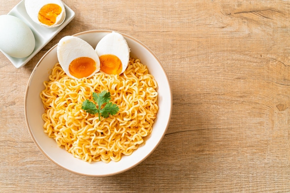 what is egg noodles made of